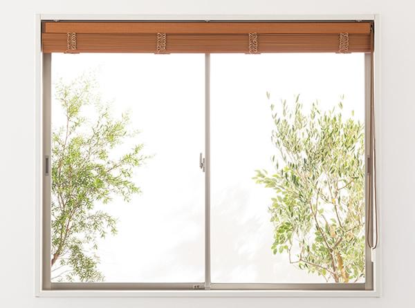 たたみ代 たたみ込み寸法 ウッドブラインド 窓枠内取り付け 窓が隠れる